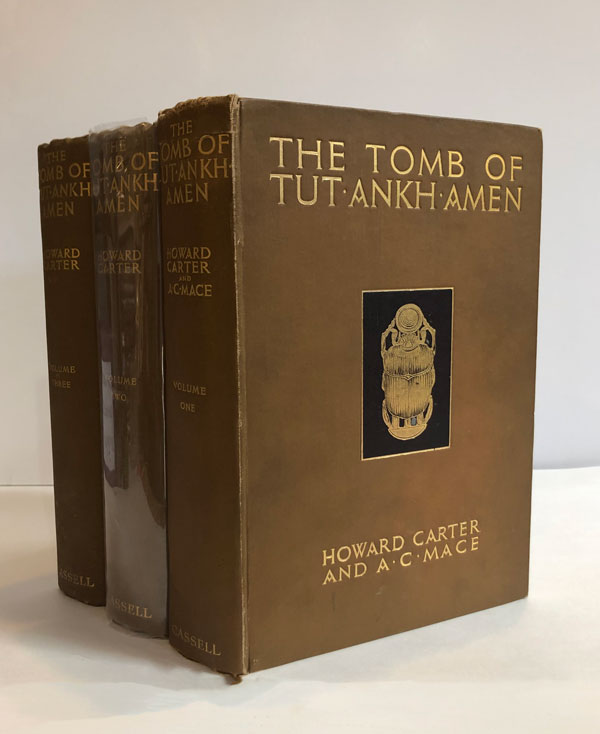 The Tomb of Tut-ankh-amen: Discovered by the Late Earl of Carnavon and Howard Carter (Three-volume set). Howard Carter, A. C. Mace.